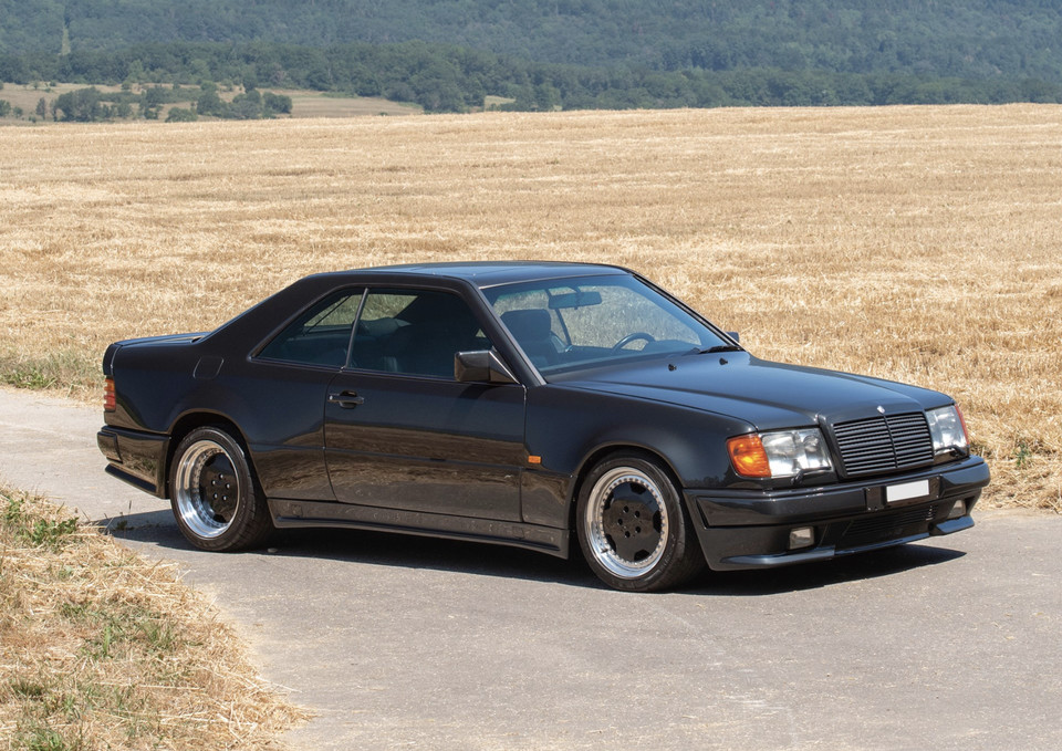 Mercedes 300 CE 6.0 AMG