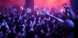 Kluby w Wuhan pękają w szwach. Ludzie zapomnieli już o pandemii
