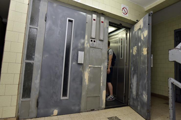 Lift Novi Beograd