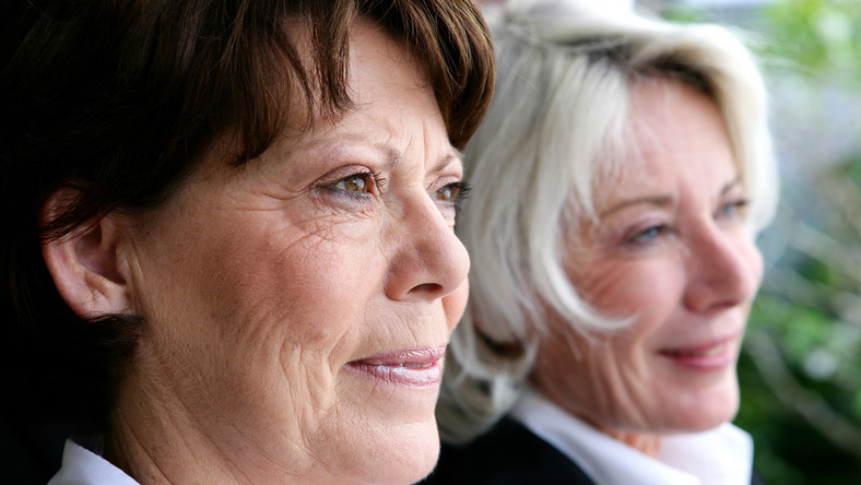 Kobiety aktywne zawodowo żyją dłużej.