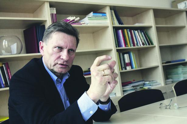 Prof. Leszek Balcerowicz został zgłoszony do unijnej grupy roboczej wysokiego szczebla, która ma pomóc Komisji Europejskiej w znalezieniu propozycji w odpowiedzi na kryzys finansowy.