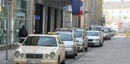 Taksówki tylko w jednym kolorze?!