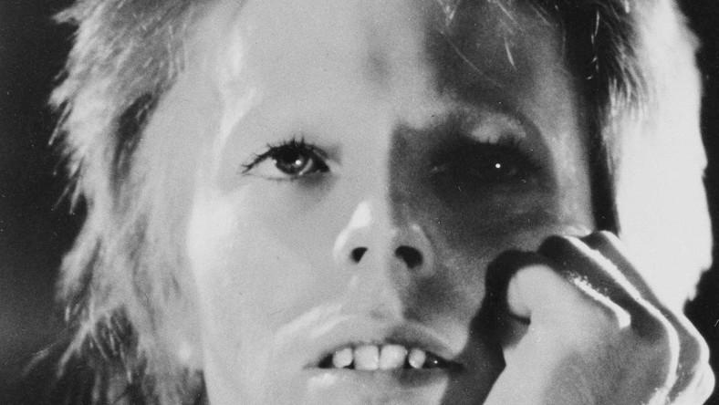 David Bowie jako Ziggy Stardust w roku 1973