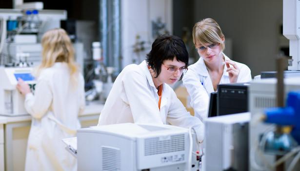 """""""Wszyscy eksperci potwierdzają, że bazą są nauki podstawowe na wysokim poziomie. Jeżeli nie wykształcimy ludzi z oryginalnymi pomysłami i tematami badań, nie będziemy innowacyjni"""""""