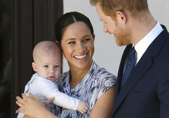 Hari i Megan sa sinom Arčijem