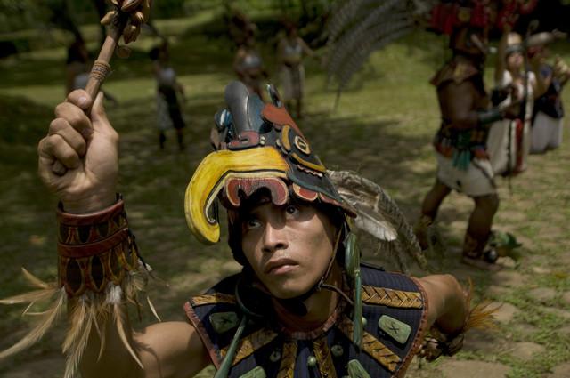 Izvođenje plesa drevnih Maja kod Gvatemala sitija