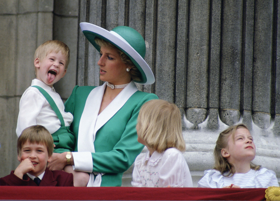 Księżna Diana i książę Harry / Tim Graham /GettyImages