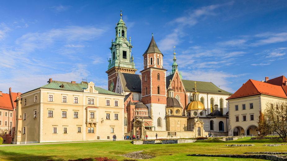 """Katedra na Wawelu z opłatą za modlitwę? """"Musiało dojść do nieporozumienia"""""""