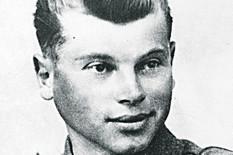 sremska mitrovica01 martin ceh slikan u nemackoj uniformi pred begstvo u partizane foto narcisa bozic