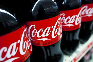 Zmowa Big Soda: Jak Coca-Cola i inni oszukują, że napoje gazowane są zdrowe