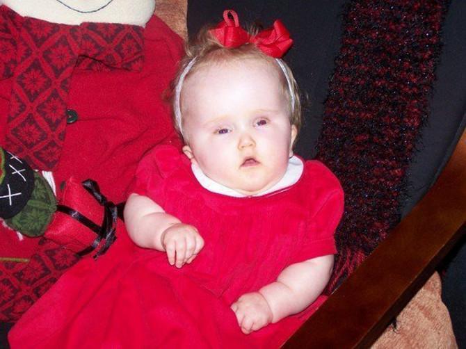Zoe na dan Božića, pre nego što smo je odveli u bolnicu