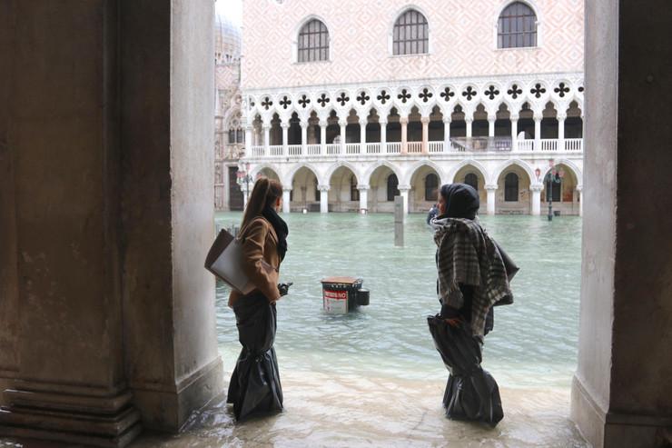 Venecija poplavljena