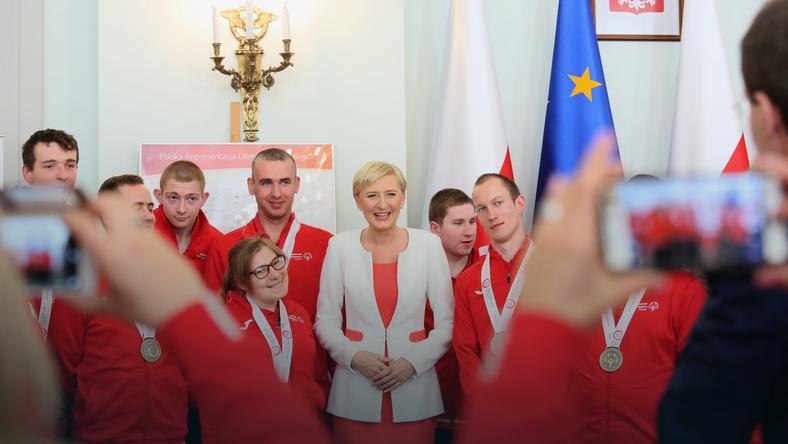 Agata Kornhauser-Duda i laureaci Olimpiad Specjalnych