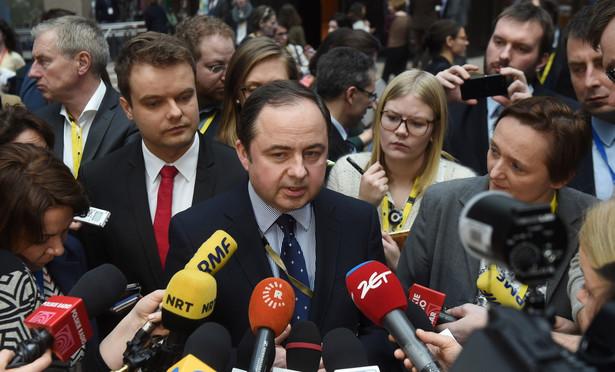 Wiceminister spraw zagranicznych Konrad Szymański podczas szczytu UE w Brukseli