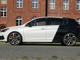 Peugeot 308 GTi – podgryzanie Golfa – TEST