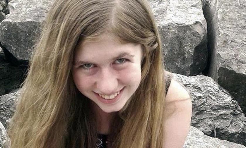 15-latka widziała, jak zabito jej rodziców. Ją samą porywacz więził miesiącami w lesie