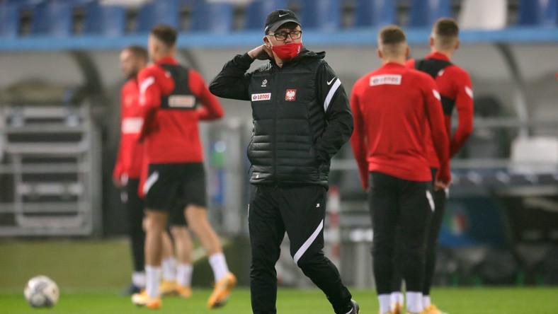 Selekcjoner piłkarskiej reprezentacji Polski Jerzy Brzęczek podczas treningu kadry w Reggio Emilia