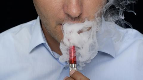Akcyza na e-papierosy ma wejść od 1 stycznia 2018 r.