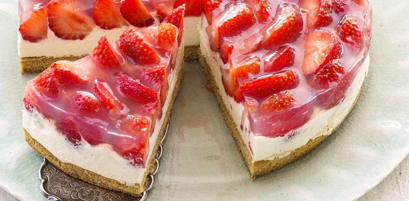 Tarta z owocami? To jeden z najlepszych letnich deserów