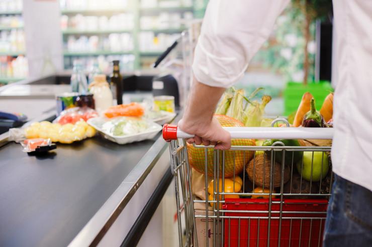 supermarket shutterstock_767720923