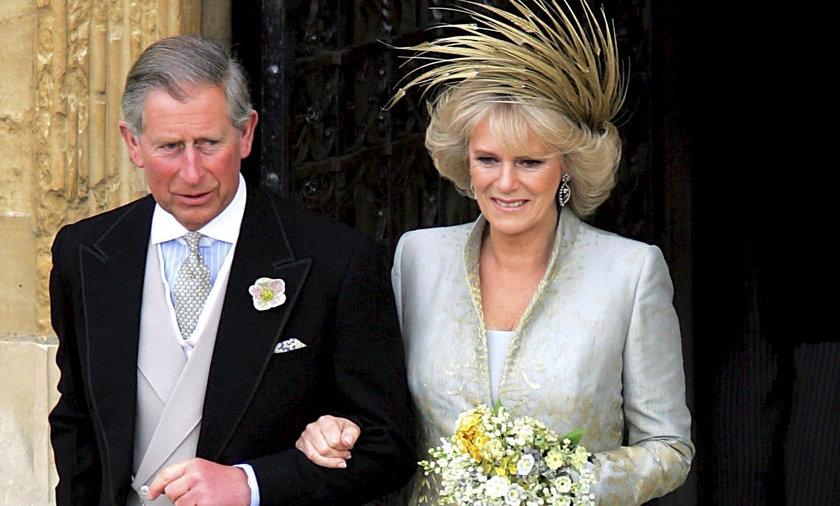 KsiążęKarol i księżna Camilla po ślubie.