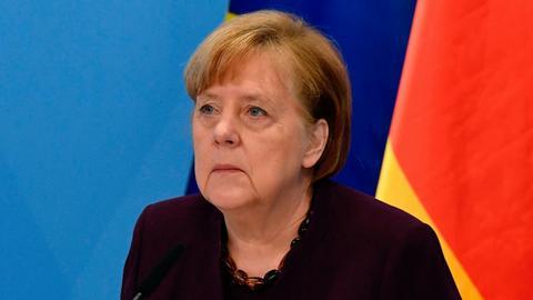 """""""DW"""" zwraca uwagę, że handel Niemiec z Europą Wschodnią mocno ucierpiał w wyniku pandemii w 2020 r., ale mimo kryzysu wymiana handlowa z Polską utrzymywała się na niemal niezmiennym poziomie."""