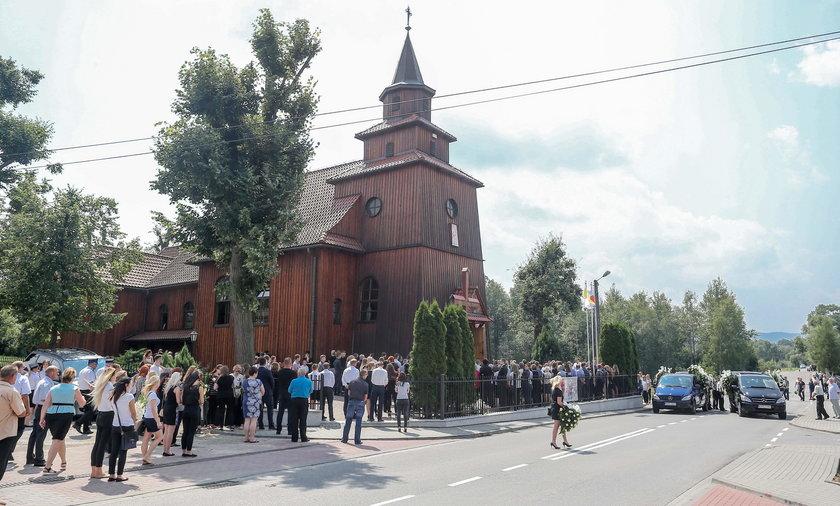 Pogrzeb sióstr zamordowanych w Nicei