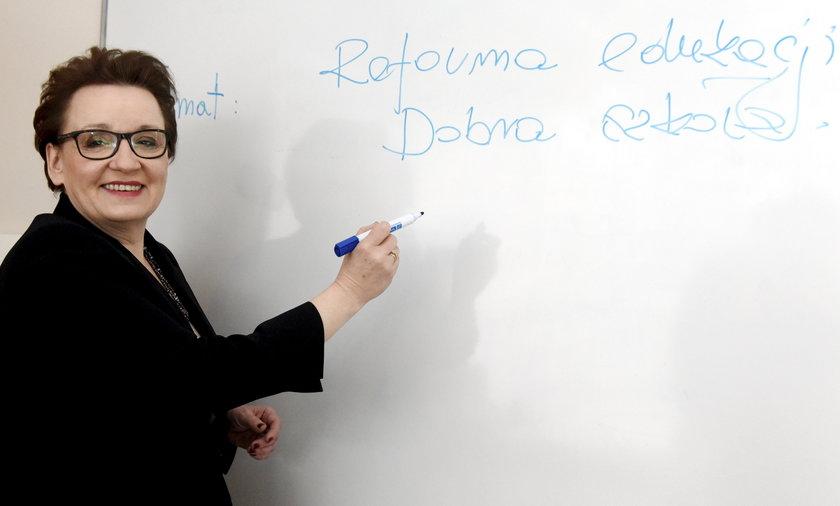 Anna Zalewska i podstawa programowa.