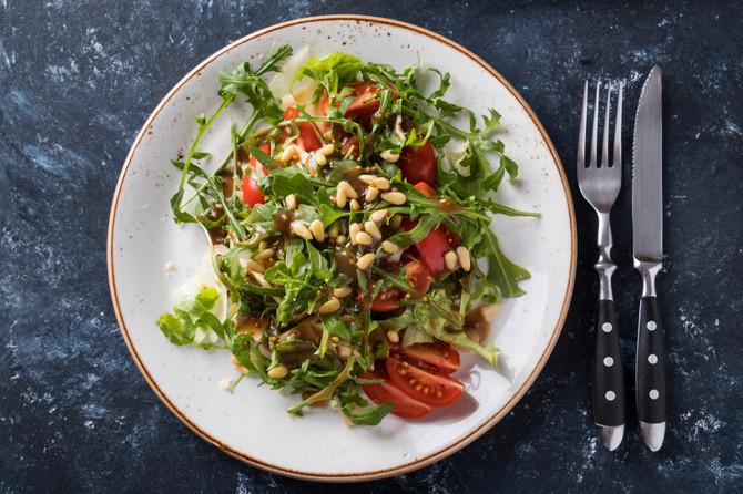 Salata sa pršutom