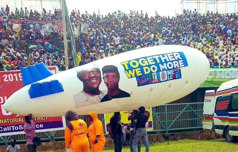 On Saturday, February 9, 2019, the All Progressives Congress (APC) held a rally at the Teslim Balogun Stadium in Lagos, where the party presented its presidential candidate Mr. Muhammadu Buhari and his deputy Prof. Yemi Osinbajo, to a crowd of supporters.