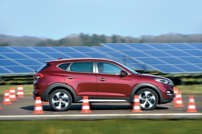 Tucson w zeszłym roku zastąpił model ix35. Pod względem stylistyki nowy SUV wynosi Hyundaia na inny poziom