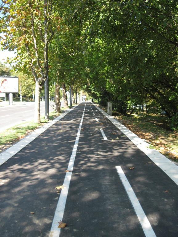 Deo sređene biciklistička staza od Mostara do bolnice