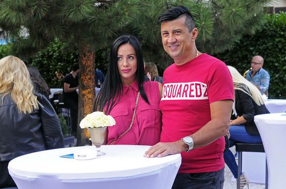 Zoran Pejić Peja sa ženom