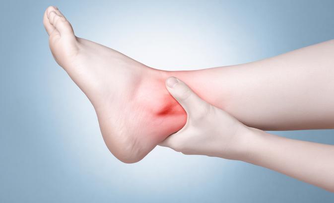 7 tipp, hogy elmúljon a sarokfájdalom