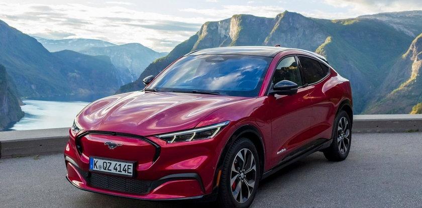Ten elektryczny SUV to... nowy Ford Mustang. Zobacz nasz redakcyjny test