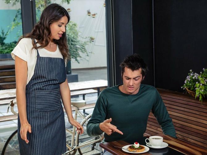 Ja sam muškarac iz Srbije i neću da vam uvijam: Ženi je mesto u kuhinji i MORA da zna da kuva! POMIRITE SE SA TIM!