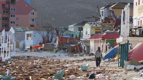 Wyspa Sint Maarten po przejściu huraganu Irma