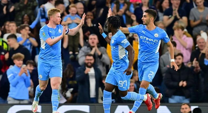 Manchester City midfielder Kevin De Bruyne (L) celebrates scoring against Wycombe Creator: Paul ELLIS
