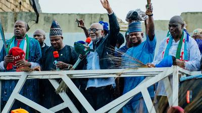 In his final home campaign rally, Gov Akeredolu says he's the philosopher king while his opponents are bush men