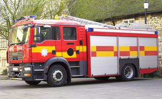 Potężny pożar w Liverpoolu. Spłonęło 1400 samochodów