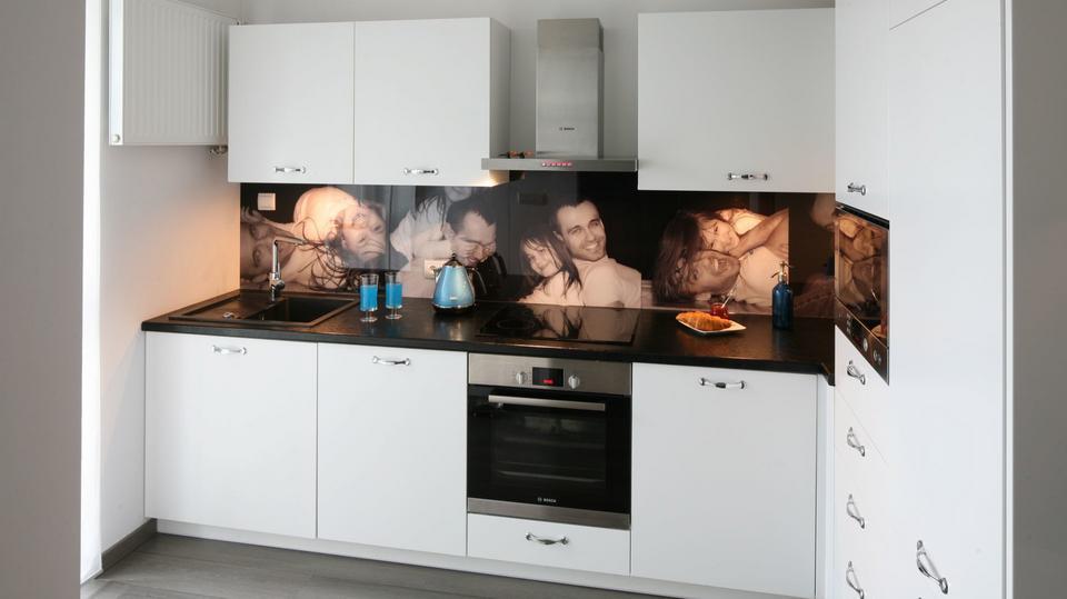 Biała kuchnia - nowoczesne i klasyczne aranżacje [Zobacz zdjęcia]