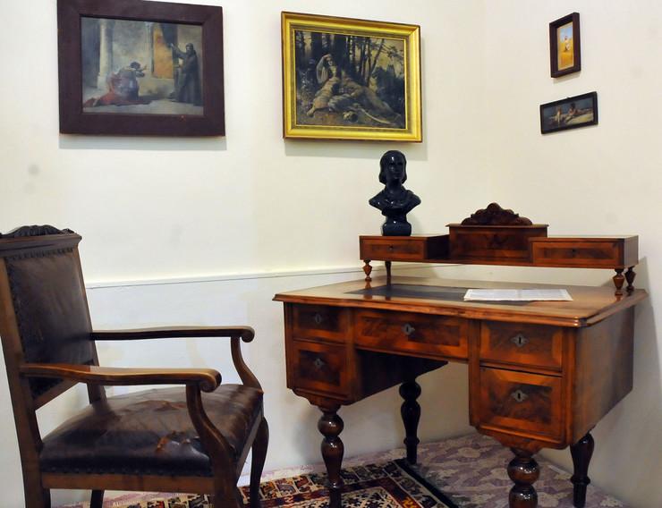 Spomen soba stevana sremca muzej nis K Kamenov