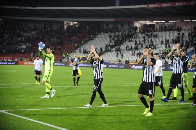 "Fudbaleri Partizana nakon poslednjeg odigranog ""večitog derbija"""