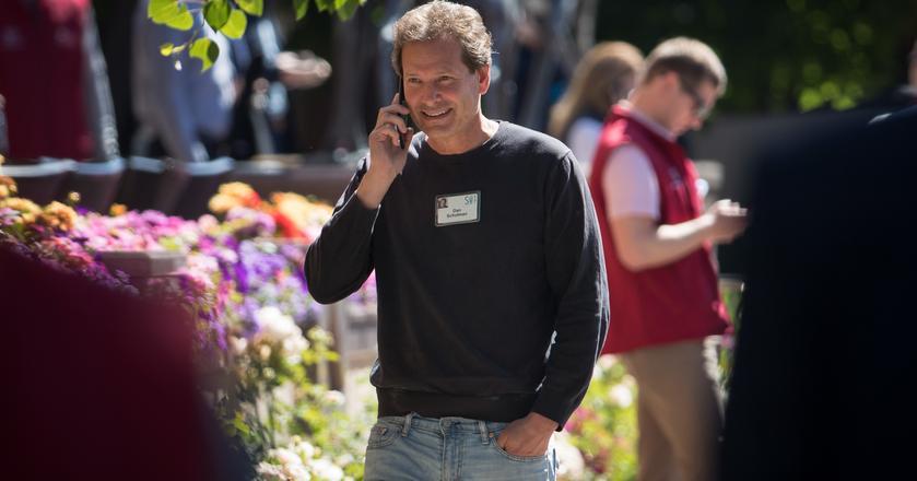 CEO PayPala Daniel Schulman od objęcia stanowiska zarabia ok. 14 mln dolarów rocznie, z czego większość to akcje firmy