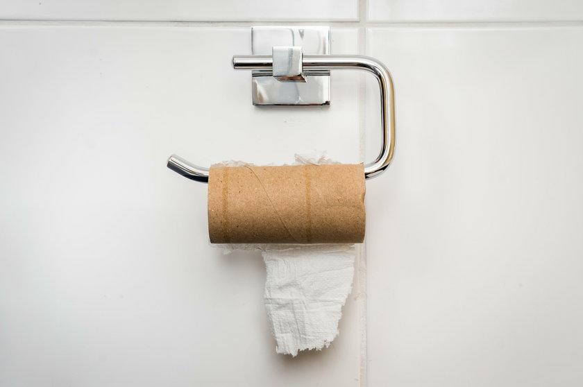 Polacy kupowali nawet papier toaletowy na zapas!