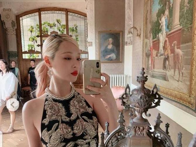 SLAVNA POP ZVEZDA pronađena MRTVA u svom stanu! Imala je 25 godina, bila je lepotica i pratilo ju je ŠEST MILIONA LJUDI na Instagramu...