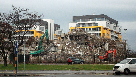 Porušena Kineska ambasada u Novom Beogradu