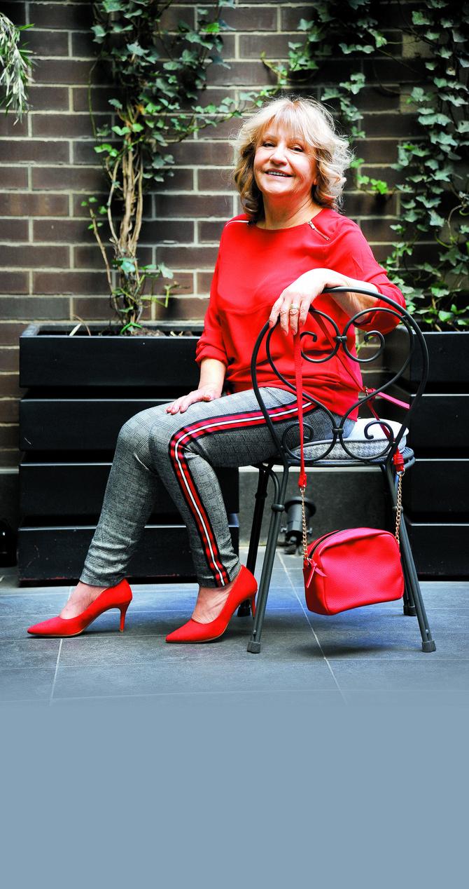Bluza, pantalone, torba i cipele OVS
