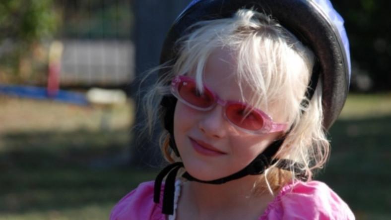 Jak chronić wzrok dziecka przed promieniami słonecznymi?