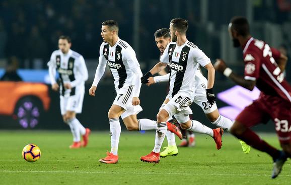 Fudbaleri Juventusa na poslednjem meču protiv Torina